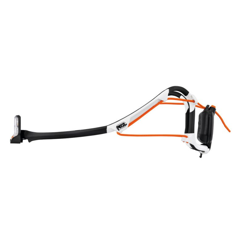 luz-frontal-IKO-CORE-petzl-lateral