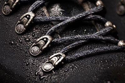 calzado-trekking-mojado